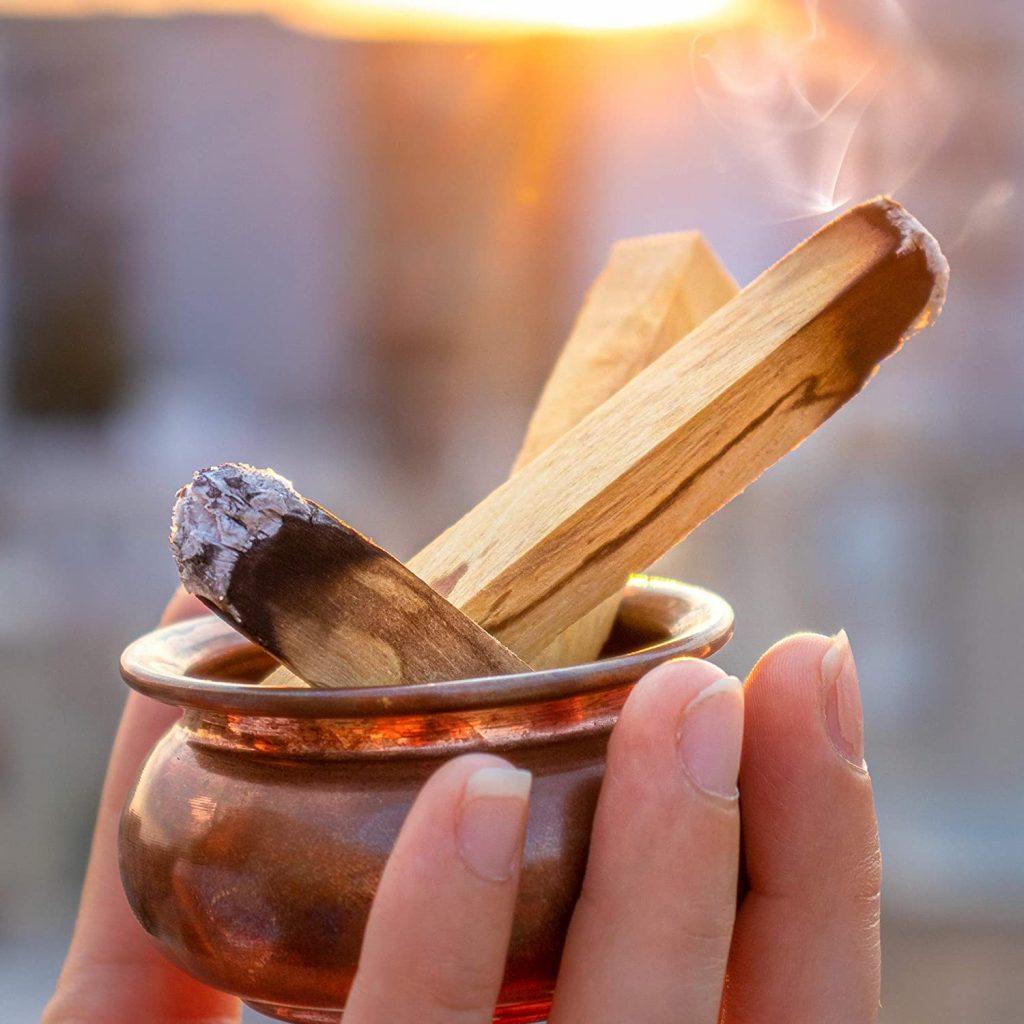 Burning Palo Santo Benefits