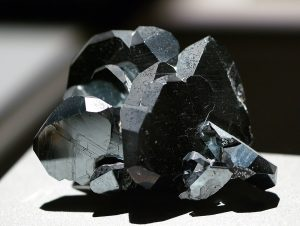 Hematite - Which Crystals Cannot Be Cleansed in Salt Water